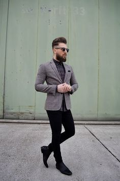 - Description - Measurements - Shipping - Vintage inspired horned rim half frame shape that stays true to the classic and iconic look. Frame is made with black acetate brow and arms, metal wire lens l Smart Casual, Men Casual, Mode Man, Casual Outfits, Fashion Outfits, Wayfarer Sunglasses, Luxury Sunglasses, Elegantes Outfit, Gentleman Style