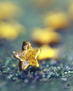 it La Garçonniere Bed and Breakfast de Charme in Salerno - Amalfi Coast Look At The Stars, Love Stars, Stars And Moon, Counting Stars, Falling Stars, Illustration, Star Art, Sparkles Glitter, Little Star