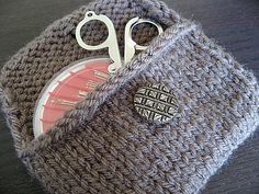 Free Pattern: Knit Pocket (ravelry)