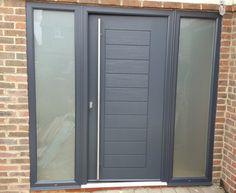 right door and handle wrong colour and wrong glass Grey Front Doors, Double Front Doors, Modern Front Door, Front Door Entrance, House Front Door, Solidor Door, External Front Doors, Bungalow Conversion, Replacing Front Door