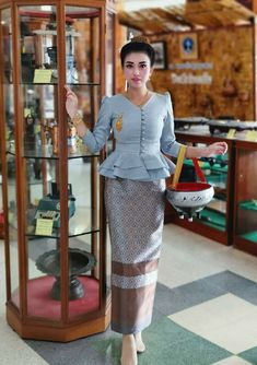 Gray Lao Laos Silk Long Sleeve V neck Blouse Sinh Pha Bieng Clothing Size Myanmar Traditional Dress, Traditional Dresses, Myanmar Dress Design, Thai Fashion, Indian Skirt, Thai Dress, Blouse Outfit, V Neck Blouse, Dress To Impress
