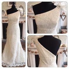 Tara Keeley 2250 Vintage Lace Wedding Dress In Size 16 Holmfirth West Yorkshire 01484 766160