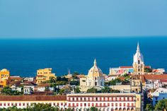 Cartagena é apenas uma das tantas lindíssimas cidades encontradas na Colômbia.