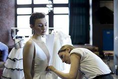 #minimal #dress #wedding #2018 #trends #backstage #behindthescenes #designer