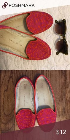 GAP Loafers - 6 Gently worn Loafers from GAP. Very cute and comfortable. Pair with jeans, dresses, or any outfit for a bold pop of color! GAP Shoes Flats & Loafers