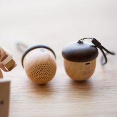 Mini Nut Bluetooth Speaker with small/&elegant shape battery full charge play 10h