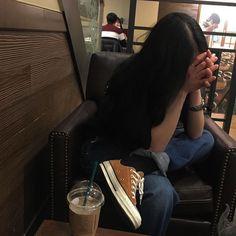 olivia by freddie Ulzzang Korean Girl, Cute Korean Girl, Ulzzang Couple, Asian Girl, Tumblr Photography, Girl Photography Poses, Korean Aesthetic, Aesthetic Girl, Girl Photo Poses