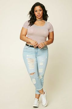 Forever 21+ - A pair of denim ankle jeans featuring a distressed design, five-pocket construction, and a zip fly.