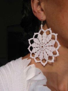 40 ideas crochet jewelry patterns christmas gifts for 2019 Crochet Jewelry Patterns, Crochet Earrings Pattern, Crochet Flower Patterns, Crochet Bracelet, Crochet Art, Thread Crochet, Crochet Gifts, Crochet Accessories, Crochet Designs