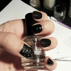 Black plush and matt nails