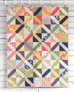 Quick quilts made with Pre-cuts, a Craftsy class by Amy Ellis. This is one of my go-to patterns of hers. Uses a layer cake or charm packs & jelly roll.