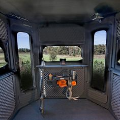 The Buck Palace Platinum 360 Hunting Blind - Redneck Blinds Quail Hunting, Coyote Hunting, Turkey Hunting, Hunting Dogs, Pheasant Hunting, Crossbow Hunting, Archery Hunting, Hunting Gear, Hunting Stuff