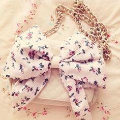 cute bow purse <3