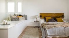 Interiores modernos de One Wave.  #interiores #interior #inspiración #muebles #decoración #diseño #blanco #house #home #homedecor #decor #dormitorio #habitación #bedroom #camas