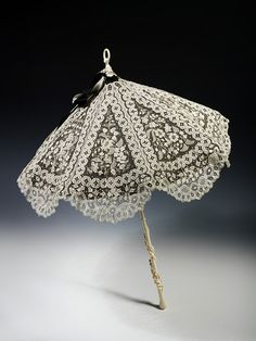 Parasol. Britain, United Kingdom   1870-1880. (Unknown)  © Victoria and Albert Museum, London.