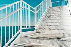 A beautiful free photo of stairs, steps, railing. This image is free for both personal and commercial use. No attribution required. Free Pictures, Free Photos, Free Stock Photos, Free Images, Climbing Stairs Workout, Stair Climbing, White Stairs, Photo Dimensions, Tropical
