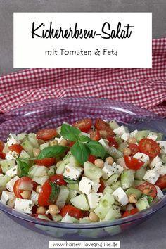 Tomato feta salad with chickpeas – a real protein bomb! Pumpkin Vegetable, Vegan Pumpkin, Pumpkin Puree, Calabaza Recipe, Feta Salad, Cobb Salad, Baking Bowl, No Bake Granola Bars, Sauteed Zucchini