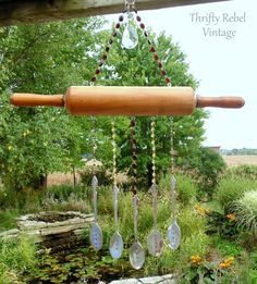 rolling pin wind chime ~ Tuula from #ThriftyRebelVintage creates the cutest wind chimes!