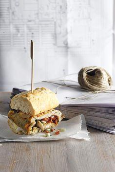 Σάντουιτς+με+ομελέτα,+brie+και+μυρωδικά Tortillas, Brie, Sandwiches, Mince Pies