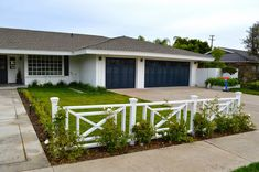 The Cape Cod Ranch Renovation: Front Yard & New Fence