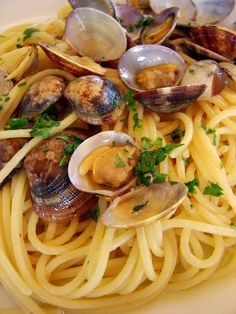 Spaghetti alle Vongole - one of my favourite dishes from our time in Italy!