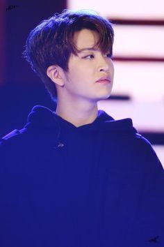 Choi Young Jae 최영재 || Got7 || 1996 || 175cm || Main Vocal