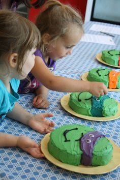 Ninja Turtles cakes TMNT.  Easy and Awesome;)