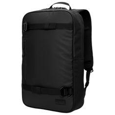 Douchebags The Scholar er en enkel og cleanmulti-funksjonell ryggsekk som tar alt tilbake til basis. Den er strippet for alt ekstra dill dall slik at den tilpasserseg til livsstilen din på en enkel og komfortabel måte uansett hvor du skal. Hiv oppi skolebøkene og laptopèn, hekt på skateboardet eller fest yogamatten; alt er mulig. Best Suitcases, Pu Leather, Black Leather, Backpack Reviews, Surf Trip, Tarpaulin, Cool Backpacks, Skate Park, Leather Material