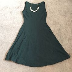 Bailey 44 | Dark Green Skater Dress | Size: XS Bailey 44 | Dark Green Skater Skirt | Size: XS | Great Condition | No Damage or Wear | True to Size | Pet/Smoke Free Home | 75% Rayon, 19% Nylon, 6% Spandex Bailey 44 Dresses Midi