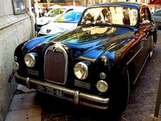 https://flic.kr/p/fbsqwm   Talbot   Image of a classic car taken in Avignon, France Sept 2012