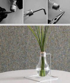Como tornar uma lâmpada queimada em um lindo vaso.