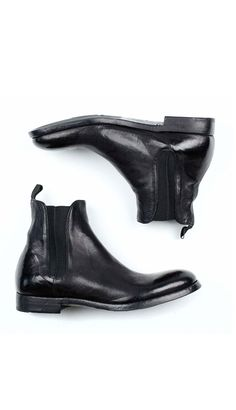 Classic men's Chelsea boot by Alberto Fasciani. Rich black leathers and a…
