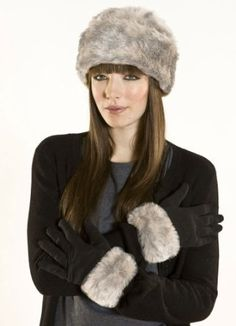 Ladies Faux Fur Oslo Cloche Hat and Glove Warm Thermal Winter Fashion Set: Amazon.co.uk: Clothing