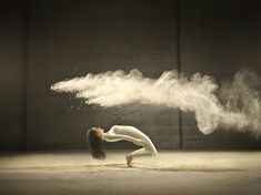 """The Belgian photographer Jeffrey Vanhouttehas collaborated with creative agencyNorvell Jefferson to capture these stunning images of dancers frozen in time. Clouds of powdered milk are sent up in the air alongside the graceful bodies and manipulated into fantastical shapes, from pairs of wings to """"The Matrix"""" bullet-time poses. All images © Jeffrey Vanhoutte Via My.... http://illusion.scene360.com/art/72623/jeffrey-vanhoutte-dancers/"""