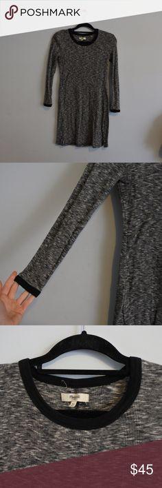 SATURDAY SALE Madewell longsleeve sweater dress Long sleeve dress from Madewell. Size XS. 100% cotton. Lightweight sweater material. Madewell Dresses Long Sleeve