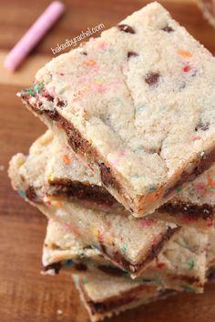 Funfetti Chocolate Chip Blondie Bars Recipe from bakedbyrachel.com