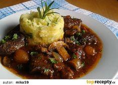 Hovězí krk pečený na zelenině recept - TopRecepty.cz Czech Recipes, Ethnic Recipes, Pot Roast, Mashed Potatoes, Crockpot, Beef, Baking, Fine Dining, Czech Food