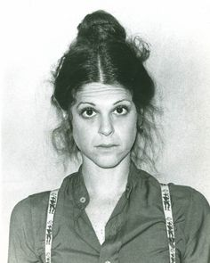 Gilda Radner.. gone too soon. My Favorite original cast member on SNL
