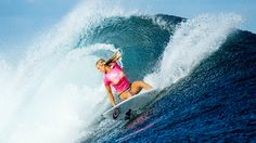 One-armed surfer Bethany Hamilton beat two of the world's best surfers in an inspiring run to the semifinals during a women's pro event in Fiji.
