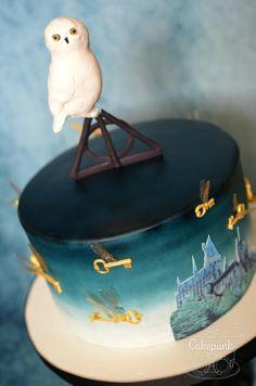 Hogwarts Challenge 50th Birthday Cake 2 by Heather