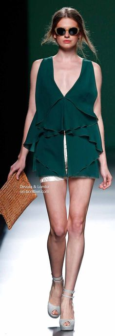 Devota & Lomba Spring 2014 Collection featured during Mercedes-Benz Fashion Week Madrid Runway Fashion, High Fashion, Fashion Show, Classic Fashion, Street Fashion, Fashion Design, Haute Couture Fashion, Bohemian Style, Beautiful Outfits