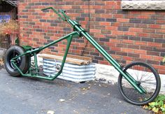 OverKill style chopper bike from Ontario - Atomic Zombie builders gallery Push Bikes, Bmx Bikes, Cool Bikes, Recumbent Bicycle, Cruiser Bicycle, Power Bike, Chopper Bike, Bobber Motorcycle, Kids Ride On