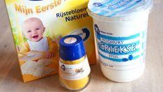 Kurkuma: Het is anti-bacterieel en het verfrist de huid. Het maakt de huid lekker zacht en verminderd zwellingen. Rijstbloem: heeft een reinigend en licht exfolierend effect. Het is erg geschikt voor een huid die last heeft van acne Yoghurt:de laag tussen je dode huidcellen wordt opgelost en zodoende je huid exfolieren. Kurkuma/Yoghurt masker recept: - 1 theelepel Kurkuma - 2 theelepels rijstbloem - 3 theelepels volle yoghurt - 1 theelepel honing (optioneel) Interesting Blogs, Coffee Cans, Make Up Remover, Health And Beauty, Remedies, Personal Care, Cosmetics, Diys, How To Make
