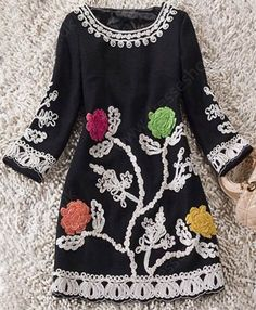 Black Round Neck Long Sleeve Embroidery Dress