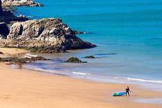 Kayak de mer au Pays de Galles !   #kayak #wales #paysdegalles #beach #Plage #Pembrokeshire Grand Tour, Site Archéologique, Station Balnéaire, Parc National, Water, Outdoor, Sea Kayak, Water Activities, History Websites