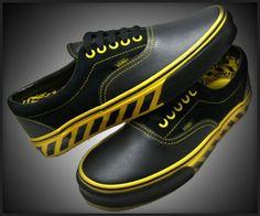 Vans Caution Eras Vans Sneakers 9000fe9e2f6e