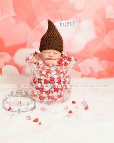 Kisses HatAdorable Newborn Photography Prop by Craftychics2, $30.00