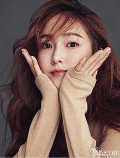 Jessica Jung SooYeon for Harper's Bazaar magazine Sooyoung, Yoona, Kim Hyoyeon, Jessica Jung Snsd, Jessica Jung Fashion, Jessica & Krystal, Krystal Jung, Mamamoo, Korean Girl