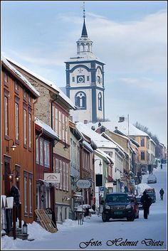 Røros, Norway, was such a charming town - sad heritage though - mining town, oppressed by the Danish- visit graveyard - had such short life expectancy, miserable existance.