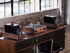 Mono and Stereo High-End Audio Magazine: MODWRIGHT INSTRUMENTS A30 AND THE ONE
